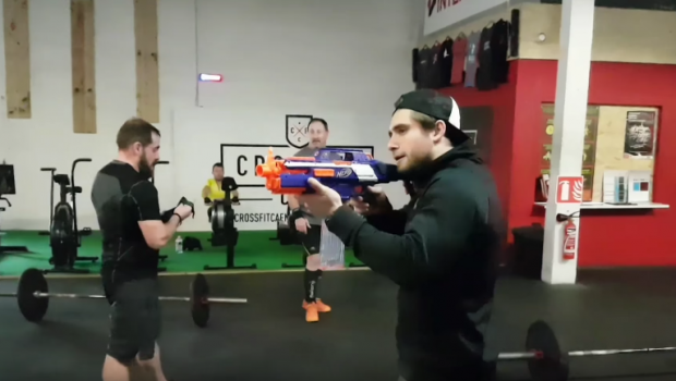 Motivation à la française : un No Rep = un coup de NERF par le coach