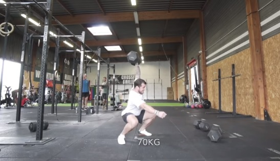 Heavy dumbbell squat snatch à 60 kg puis 70 kg pour Willy Georges !