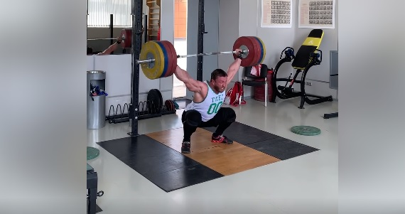 Hang squat snatch à 190 kg pour Dmitry Klokov !