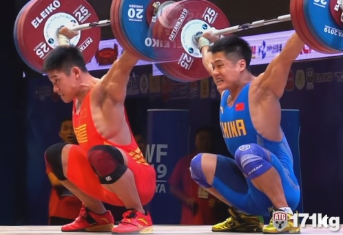 Lu Xiaojun vs Li Dayin : 342 kg de perfection en snatch !