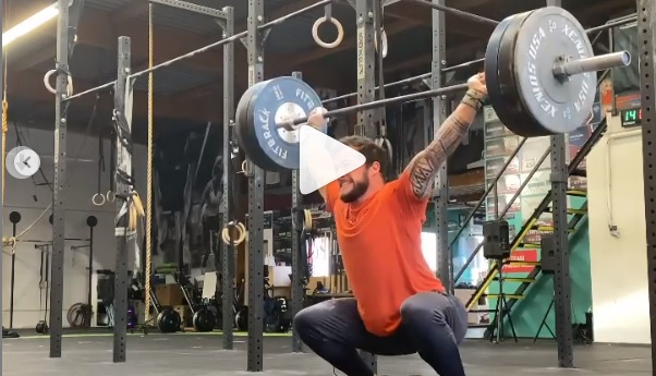 5 snatchs en touch and go à 100 kg puis 3 à 110 kg pour Willy Georges